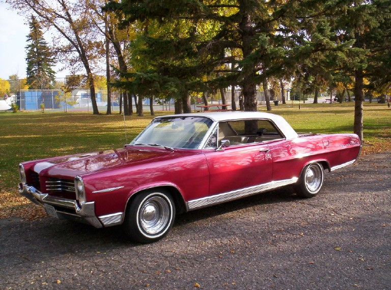 1964 Pontiac Bonneville 2 Door Hardtop Greater Dakota