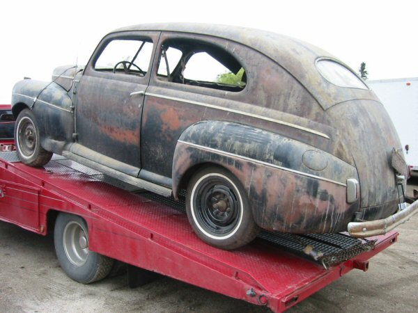 1941 ford super deluxe 2 door sedan greater dakota classics for 1941 ford 4 door