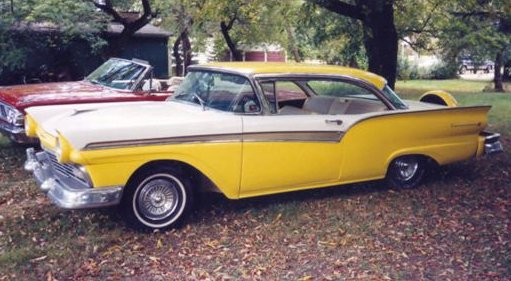1957 FAIRLANE 500 2 DR HARDTOP WITH CONTINENTAL KIT
